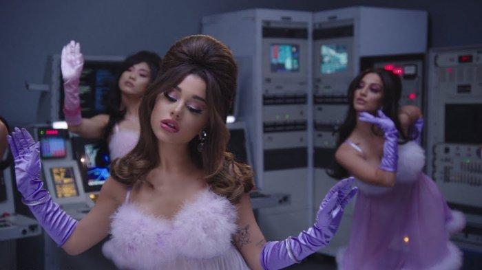 Chord Gitar Lagu 34+35 – Ariana Grande, Videonya Ditonton 66 Juta Kali: Love Me 'Till The Daylight