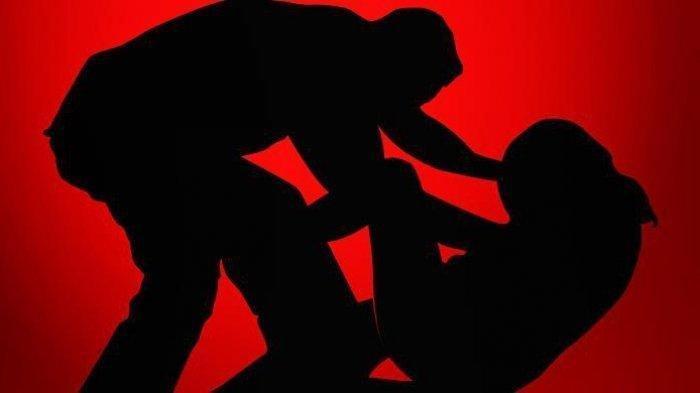 Seorang Istri Bantu Suami Rudapaksa Rekan Kerja, Diancam Diceraikan Jika Tak Menurut